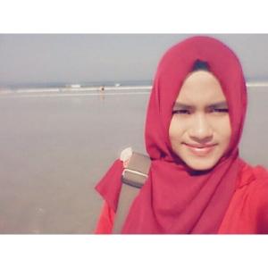 Hari ketiga di Bali, sebelum pulang ada baiknya kita berselfie ria dulu di Pantai Kuta